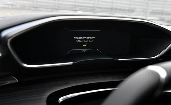 Nouvelle 508 PEUGEOT SPORT ENGINEERED : Nouveau Combiné tête haute de 12,3 pouces
