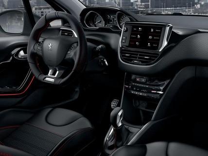 """Peugeot 208 i-Cockpit: écran tactile 7"""", combiné tête haute et volant compact"""